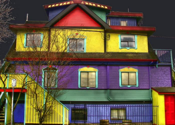 Покраска фасада краской для фасада